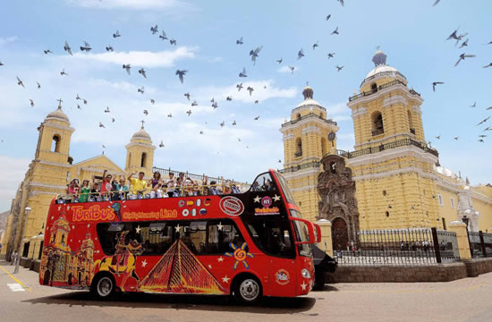 City tour of Lima <span>3 hrs.<br>approx.</span>