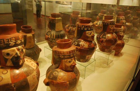 Musei di Lima <span>3 ore <br>appros.</span>