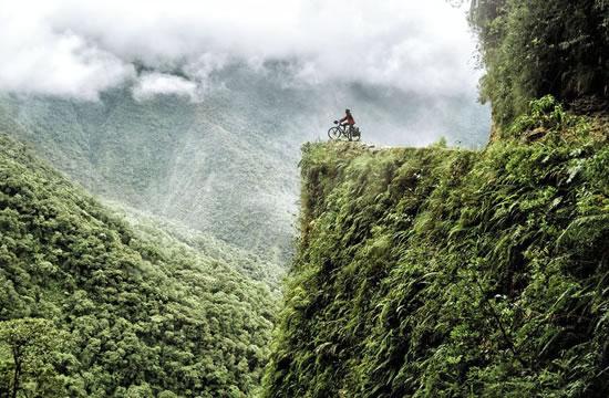 Biking in Coroico – Bolivia <span>1 day <br> full day</span>