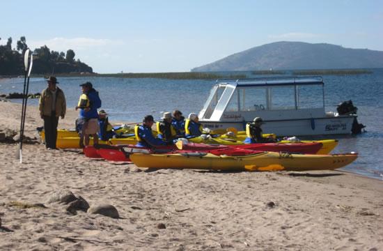Excursion Puno &#8211; Uros Islands &#8211; Llachon <span>1 day <br> full day</span>